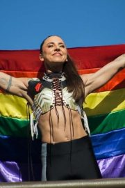 Melanie Chisholm - Performs at LGBT Parade of SP HIGH RESOLUTION in Sao Paulo