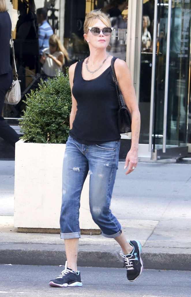 Melanie Griffith - Shopping in NY