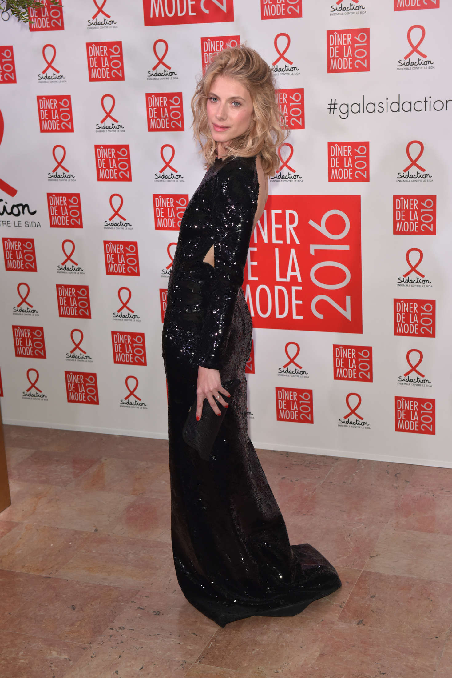 Melanie Laurent 2016 : Melanie Laurent: Sidaction Gala Dinner 2016 -02