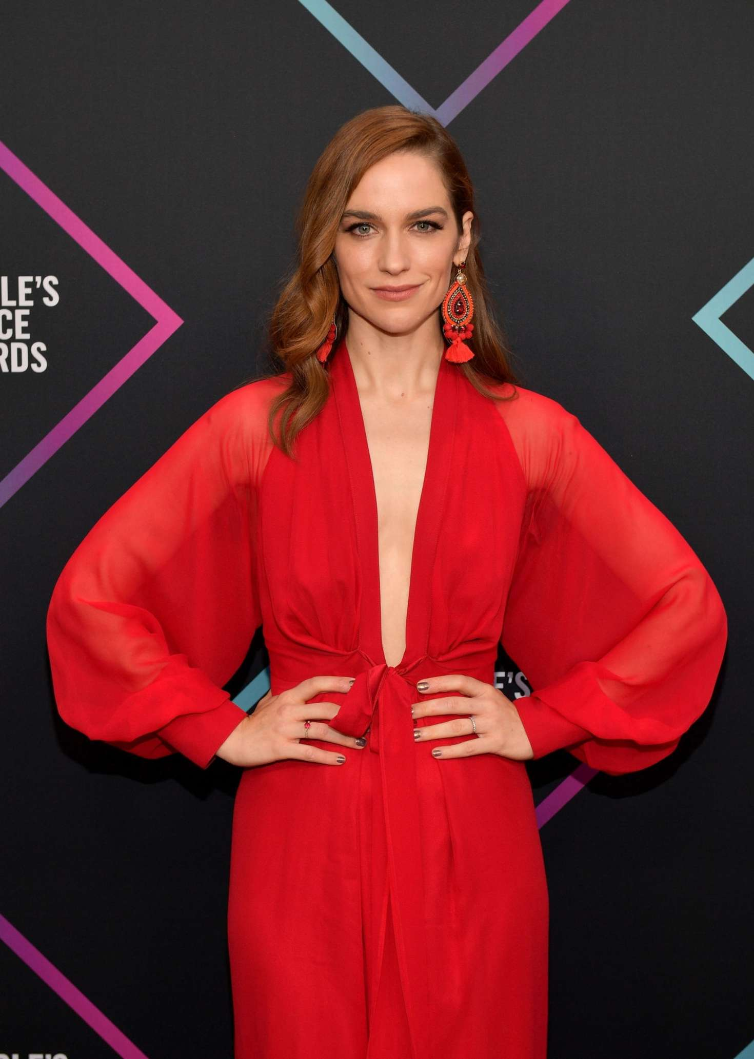Melanie Scrofano – People's Choice Awards 2018 in Santa Monica