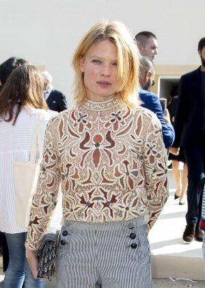 Melanie Thierry - Christian Dior Fashion Show in Paris