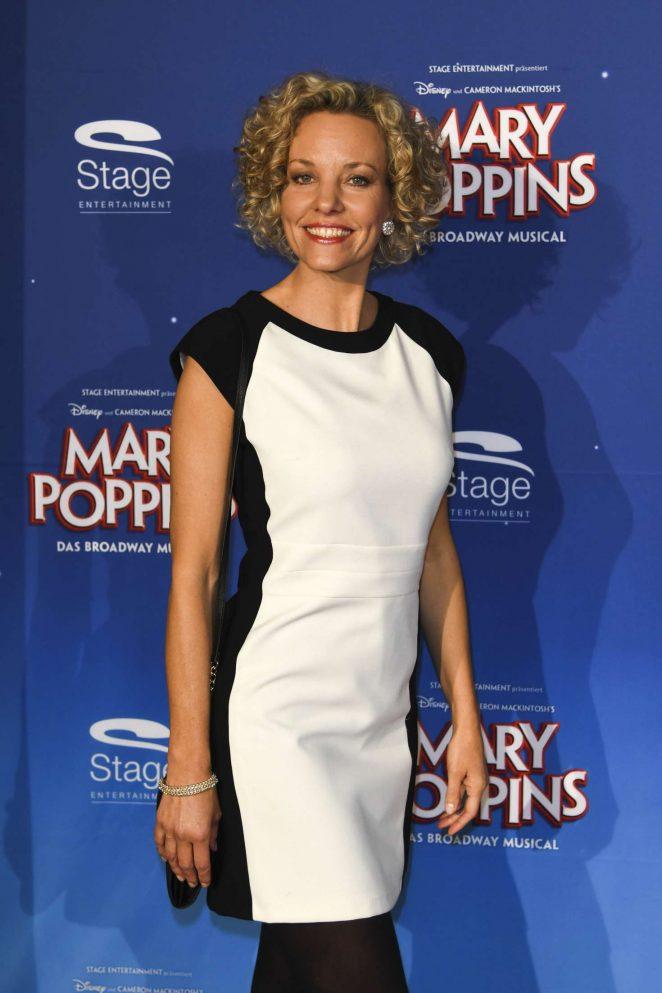 Melanie Wiegmann - 'Mary Poppins' Premiere in Stuttgart
