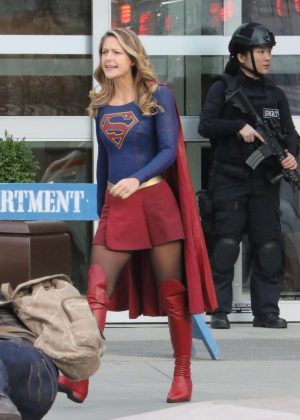 Melissa Benoist - Filming scenes for 'Supergirl' in Vancouver