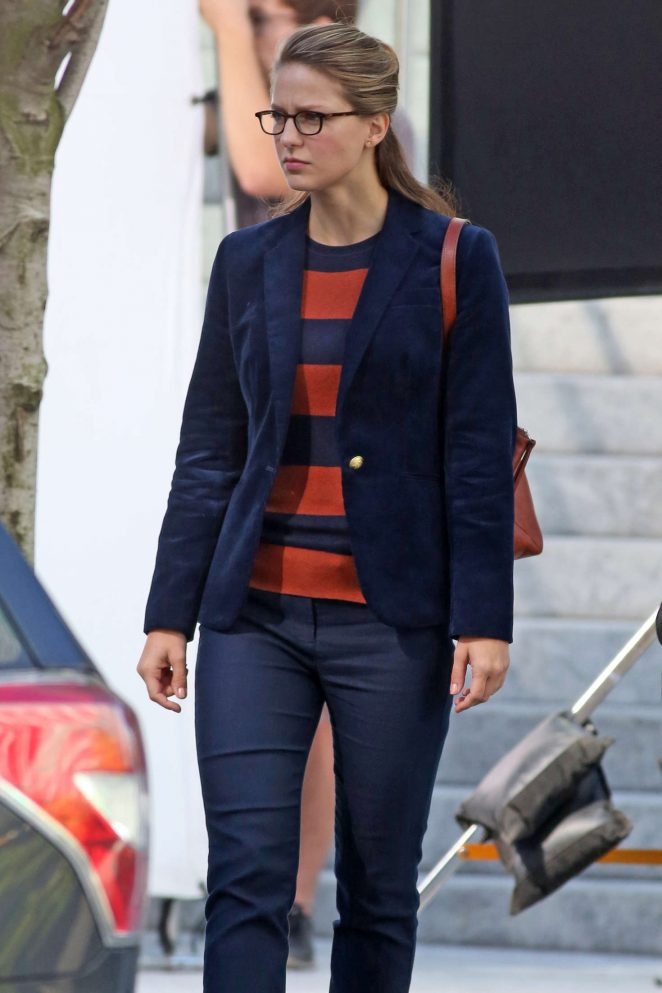 Melissa Benoist: Filming Supergirl -12