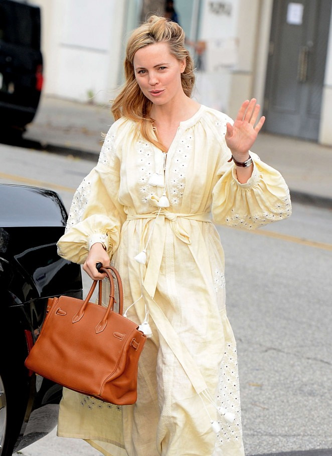 Melissa George out in Beverly Hills