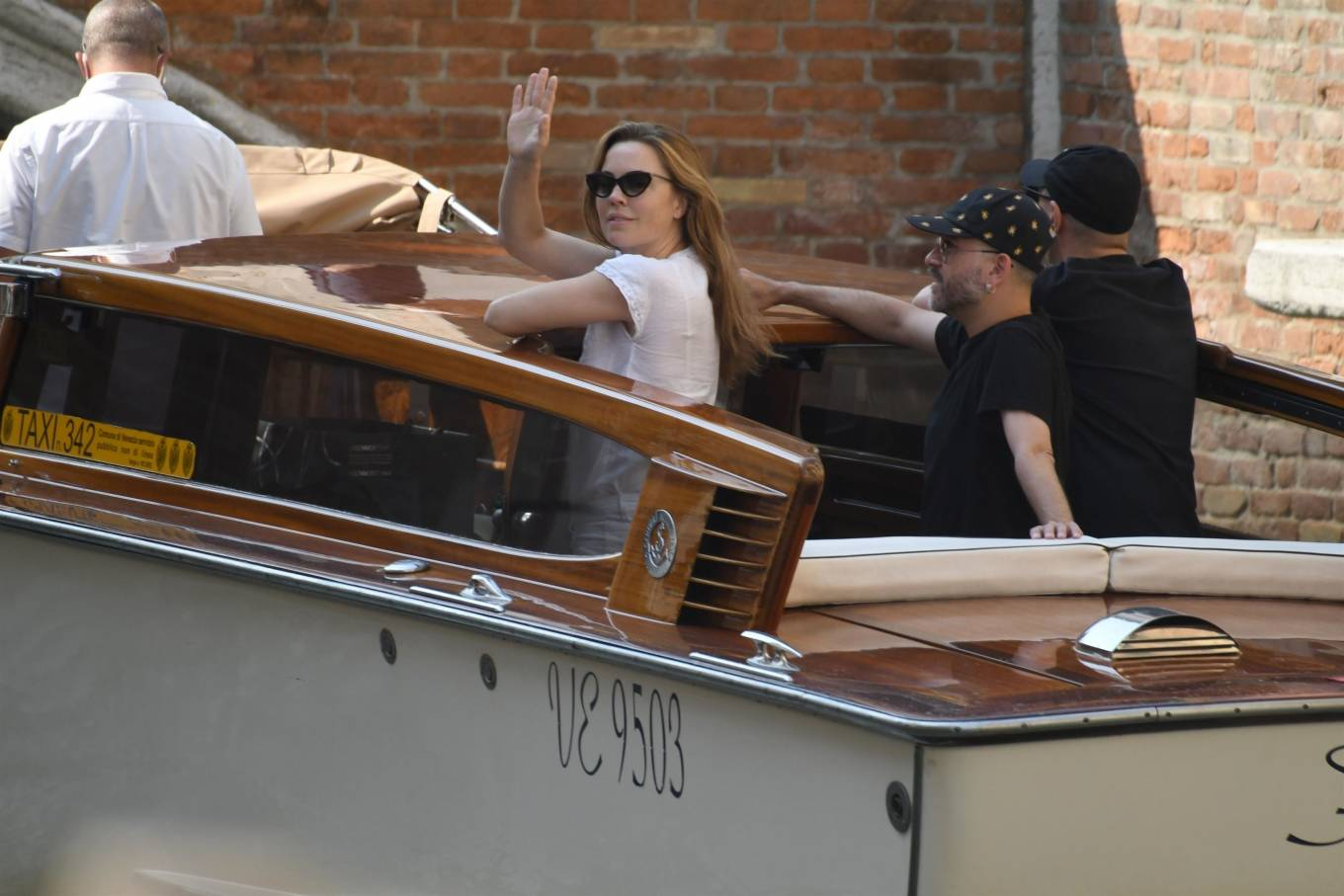 Melissa George 2020 : Melissa George – Out in Venice – Italy-09