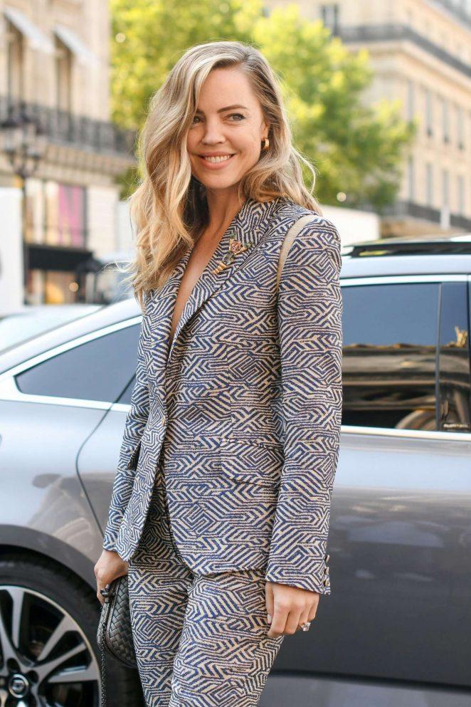 Melissa George - Schiaparelli Haute Couture Show FW 2019 in Paris