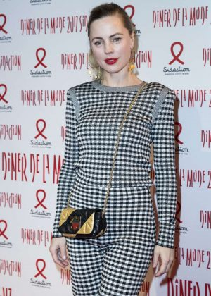 Melissa George - Sidaction Gala Dinner SS 2017 in Paris