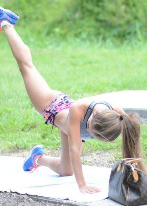 Melissa Lori: Workout in Miami -24