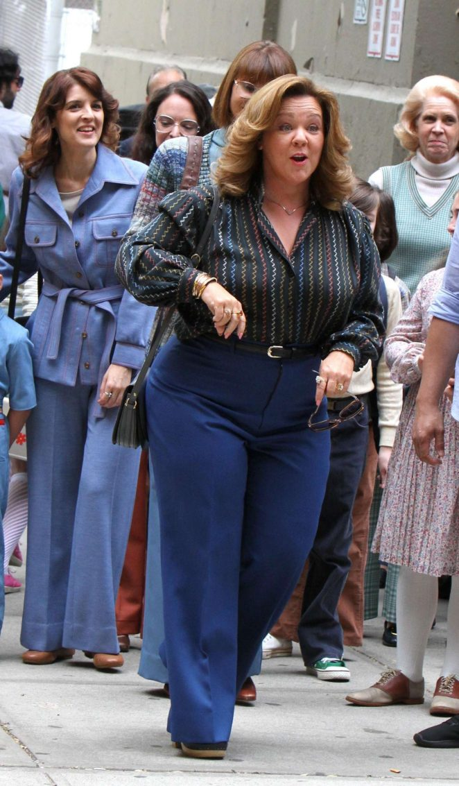 Melissa McCarthy On The Set Of The Kitchen  03