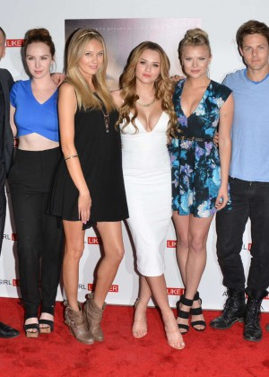 Melissa Ordway : A Girl Like Her Premiere -05