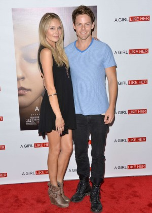 Melissa Ordway : A Girl Like Her Premiere -06