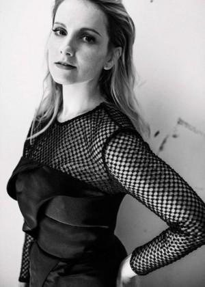 Melissa Rauch - Interview Magazine (March 2016)