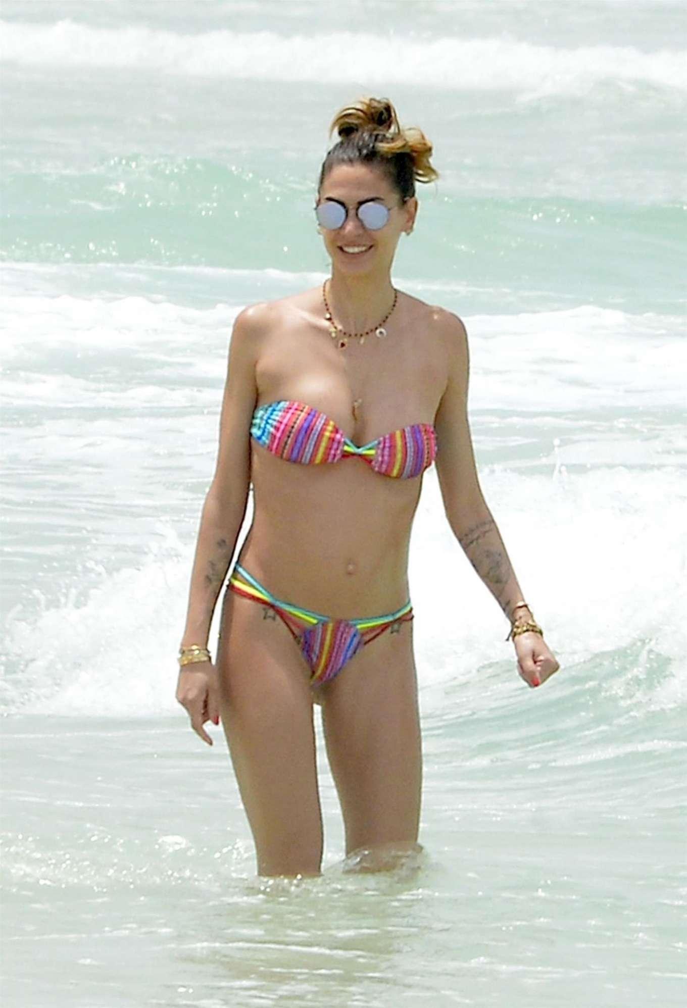 Melissa Satta in Bikini on the beach in Dubai