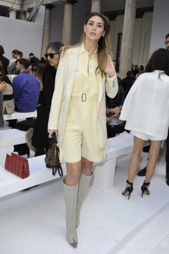 Melissa Satta - Posing at Max Mara Show at 2020 Milan Fashion Week