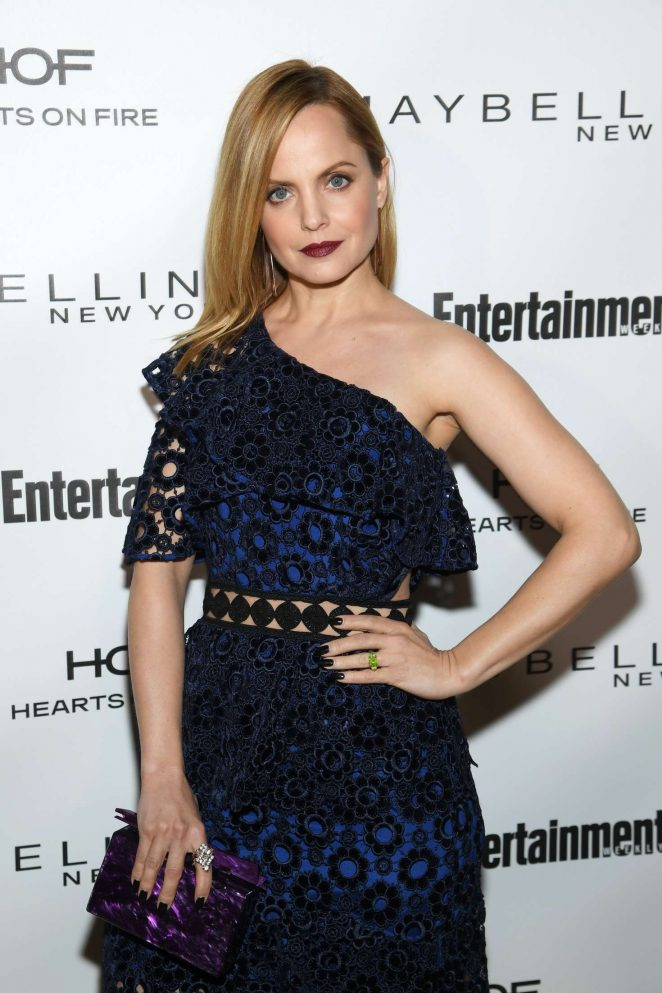 Mena Suvari - 2018 Entertainment Weekly Pre-SAG Party in LA