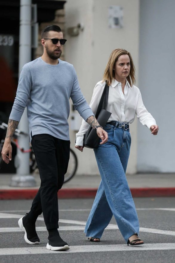 Mena Suvari and boyfriend Michael Hope at Urth Cafe in Beverly Hills