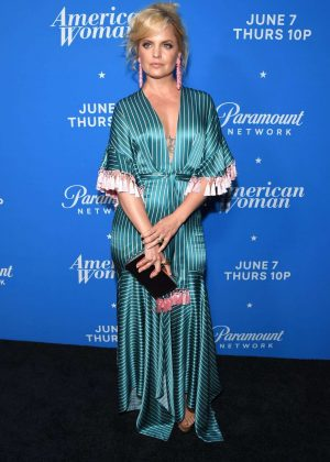Mena Suvari - Photocall for American Woman Premiere Party In Los Angeles