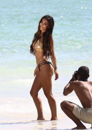 Metisha Schaefer Bikini Photoshoot on Miami Beach Pic 25 of 35