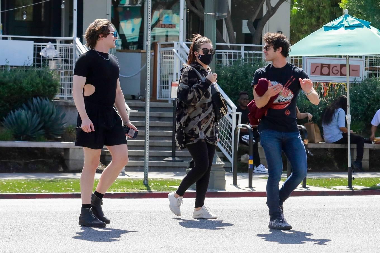 Mia Swier 2021 : Mia Swier – lunch with friends in Los Feliz-09