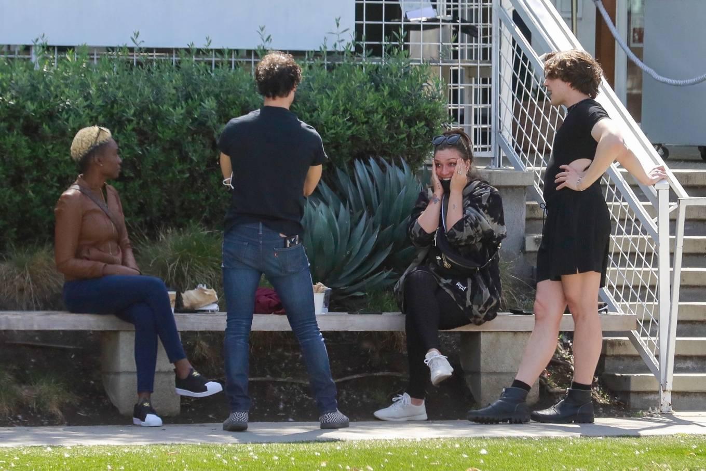 Mia Swier 2021 : Mia Swier – lunch with friends in Los Feliz-16