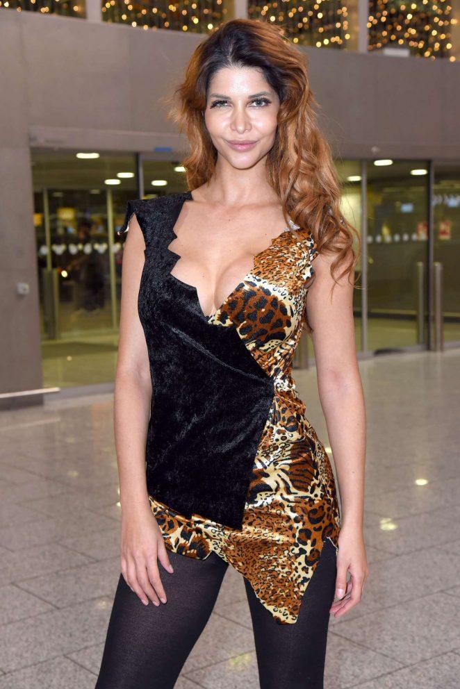 Micaela Schafer - Leaving to Australia at Frankfurt International Airport