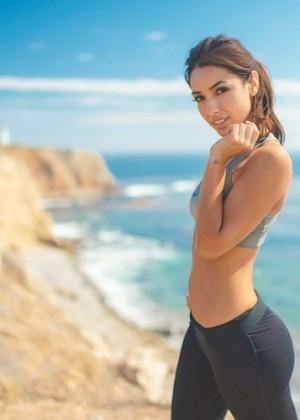 Michele Maturo: Hottest Pics-23