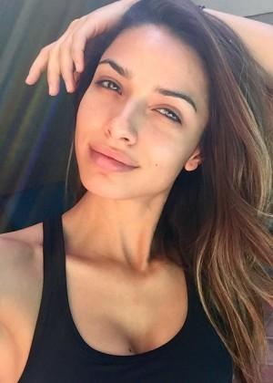 Michele Maturo: Hottest Pics-29