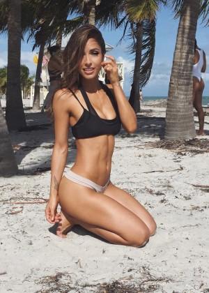 Michele Maturo: Hottest Pics-41
