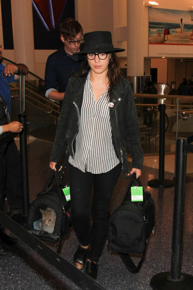 Michelle Branch at LAX Airport in Los Angeles
