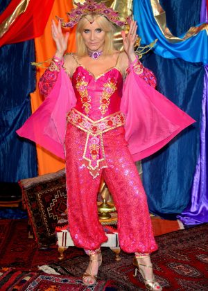 Michelle Collins - 'Aladdin Pantomime' Photocall in London