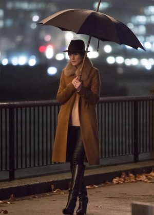 Michelle Dockery - Filming 'Toff Guys' in London