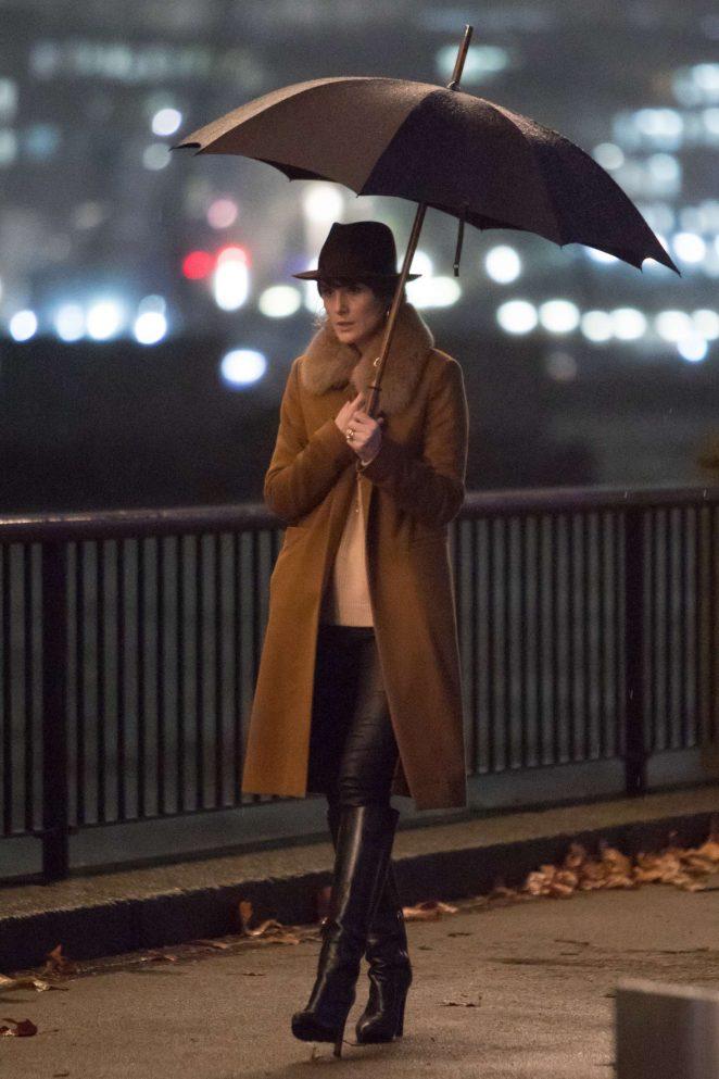 Michelle Dockery – Filming 'Toff Guys' in London