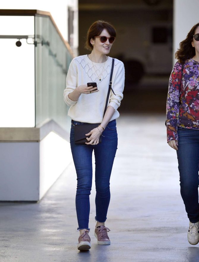 Michelle Dockery - Shopping at the Westfield mall in Los Angeles