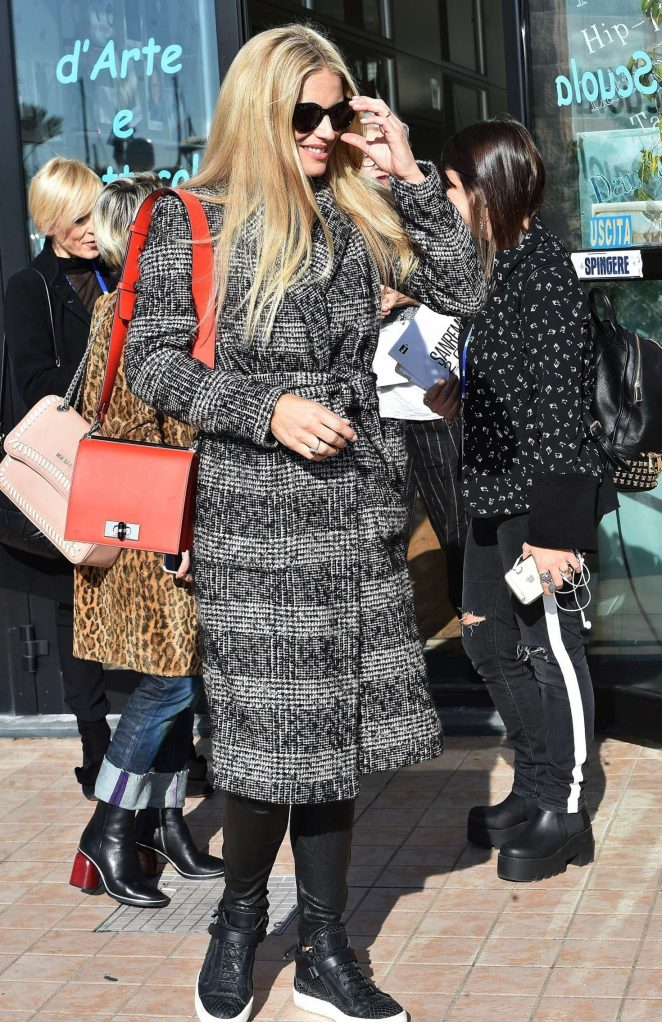 Michelle Hunziker - Arrives in Sanremo