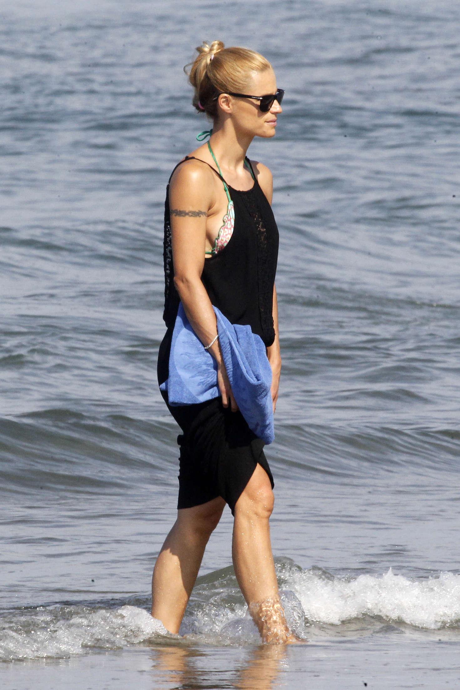 Michelle Hunziker in Bikini -01 | GotCeleb