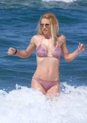 Michelle Hunziker - Bikini Candids in Forte dei Marmi