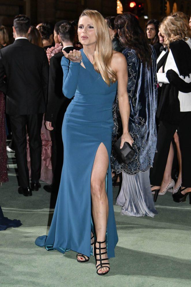 Michelle Hunziker - Green Carpet 2017 Fashion Awards in Italia