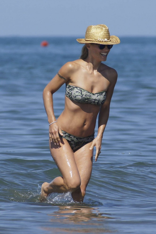 Michelle Hunziker in Bikini in Italy