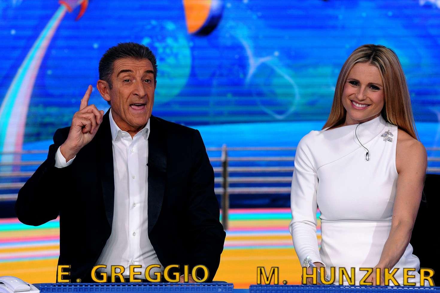 Michelle Hunziker: Italian TV show Striscia la notizia -26 ...