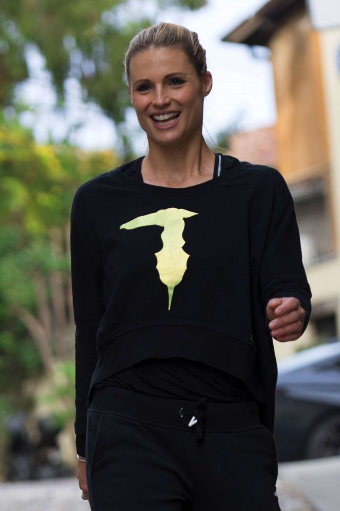 Michelle Hunziker out in Bergamo
