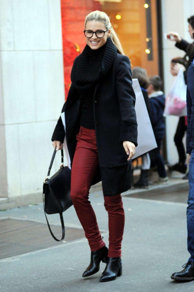 Michelle Hunziker out shopping in Milan