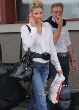 Michelle Hunziker - Seen At Airport In Milan