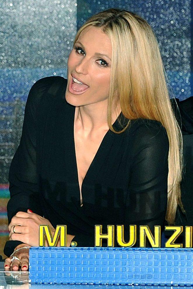 Michelle Hunziker – 'Striscia la notizia' TV Show Pphotocall in Milan