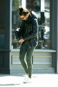 Michelle Keegan - In a green alo leggings out in Essex