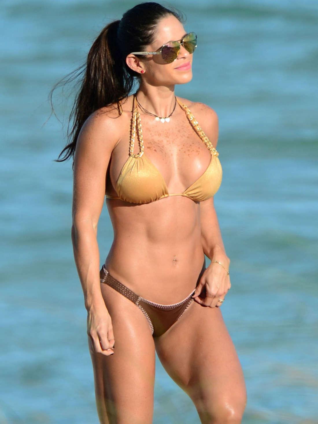 michelle lewin hot in bikini  15   gotceleb