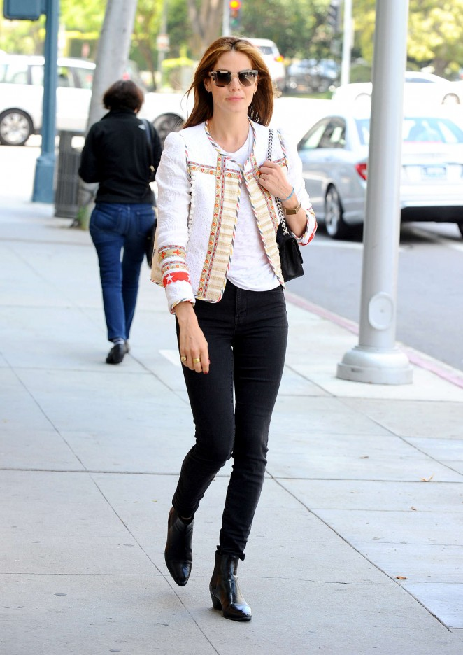 Michelle Monaghan in Black Jeans -04
