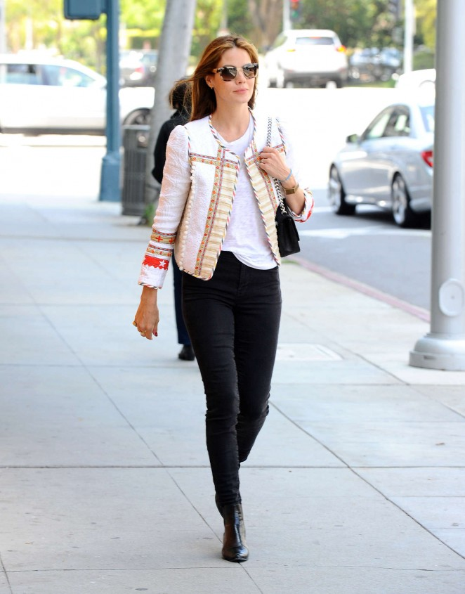 Michelle Monaghan in Black Jeans -21