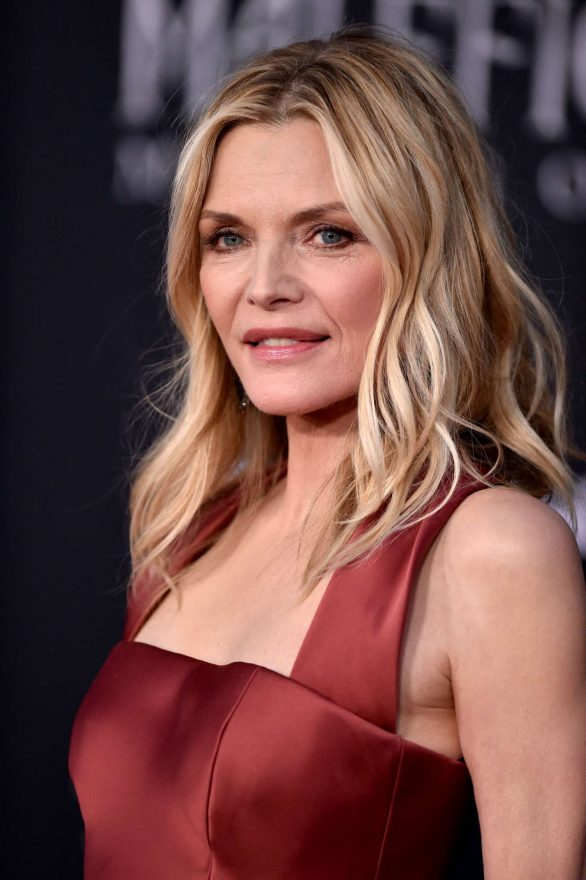 Michelle Pfeiffer Maleficent Mistress Of Evil Premiere