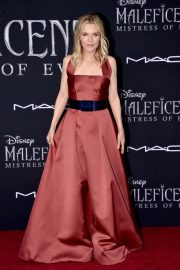 Michelle Pfeiffer Maleficent Mistress Of Evil La Premiere